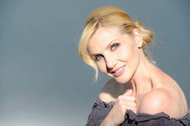"""Lorella Cuccarini al Brancaccio con """"La regina di ghiaccio – Turandot"""""""