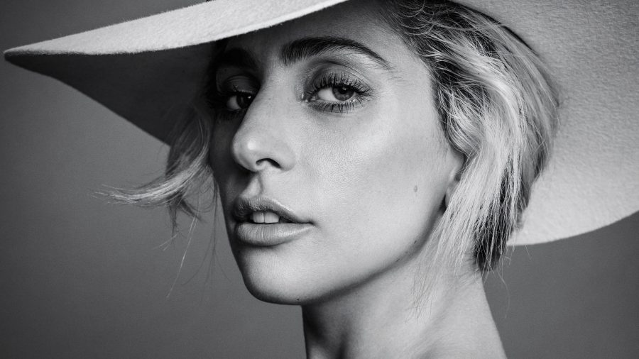 "Lady Gaga si attiva contro il Coronavirus: ""One World, Together At Home"""