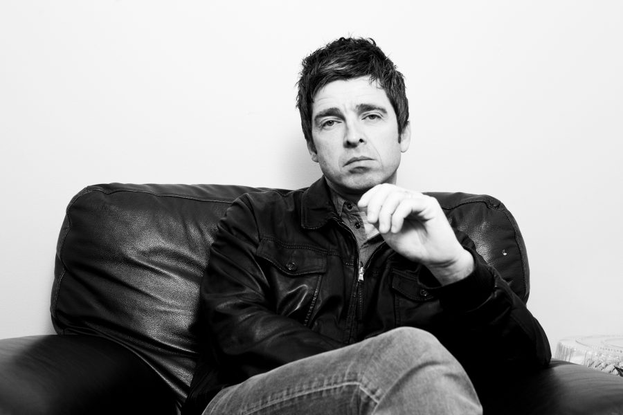"Noel Gallagher: incassi di ""Don't Look Back In Anger"" alle vittime di Manchester"