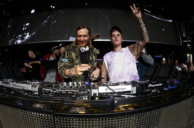 """David Guetta e Justin Bieber insieme per """"2U"""", un nuovo tormentone!"""