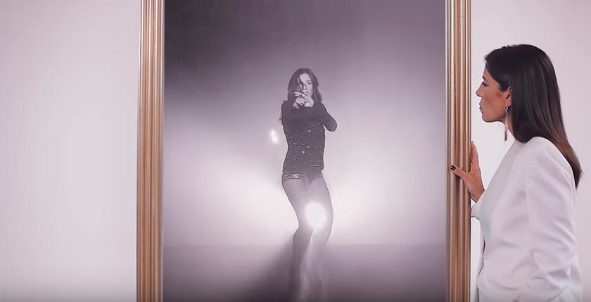 """Paola Turci interpreta """"Un'emozione da poco"""" della Oxa: ecco il video!"""