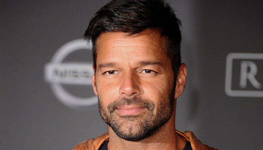 """Ricky Martin lancia un appello: """"Mio fratello è disperso a Porto Rico"""""""