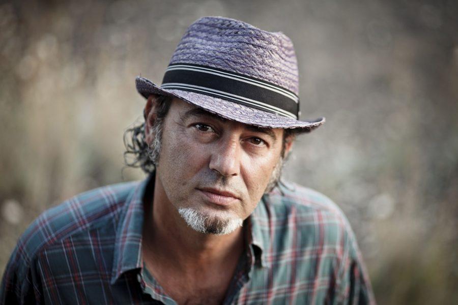 Buon compleanno Luca Carboni: il cantautore compie oggi 56 anni