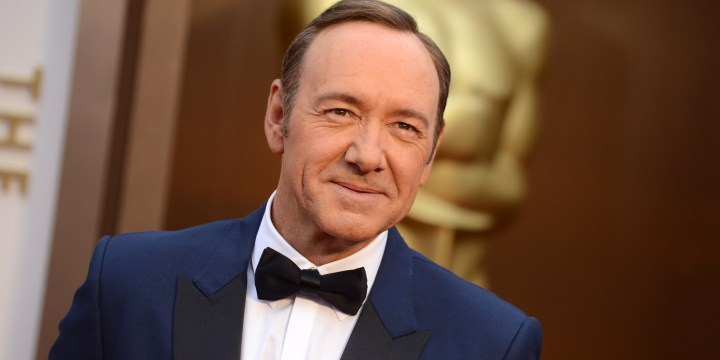 "Dopo l'accusa di molestie ""House of Cards"" licenzia Kevin Spacey"