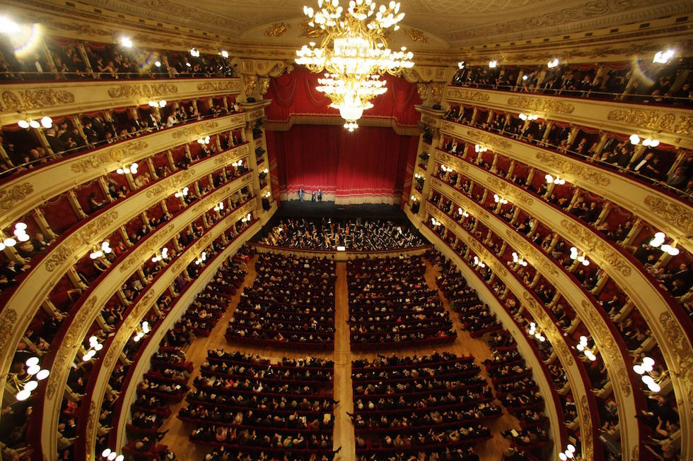 Prima alla Scala di Milano: l'Andrea Chénier di Umberto Giordano inaugura la stagione lirica