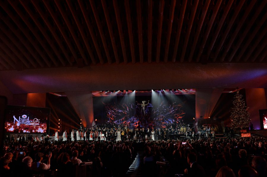 """Stasera in onda il """"Concerto di Natale"""": tanti gli ospiti presenti"""