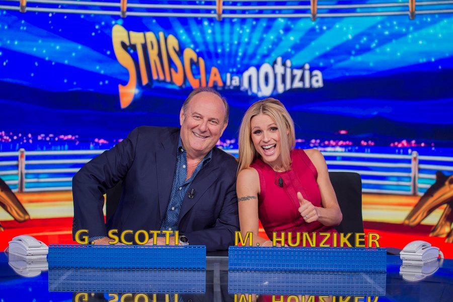 """Gerry Scotti torna a condurre """"Striscia la notizia"""" con Michelle Hunziker!"""