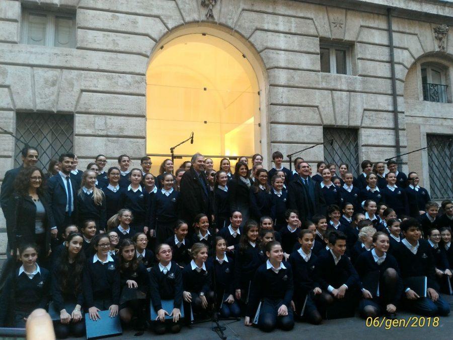 Per celebrare la festa della befana il coro del Teatro dell'Opera in concerto!