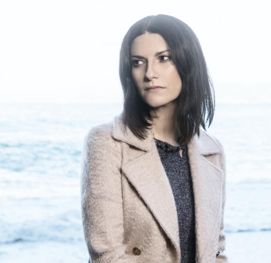 Festival di Sanremo 2018: Laura Pausini super ospite della prima puntata