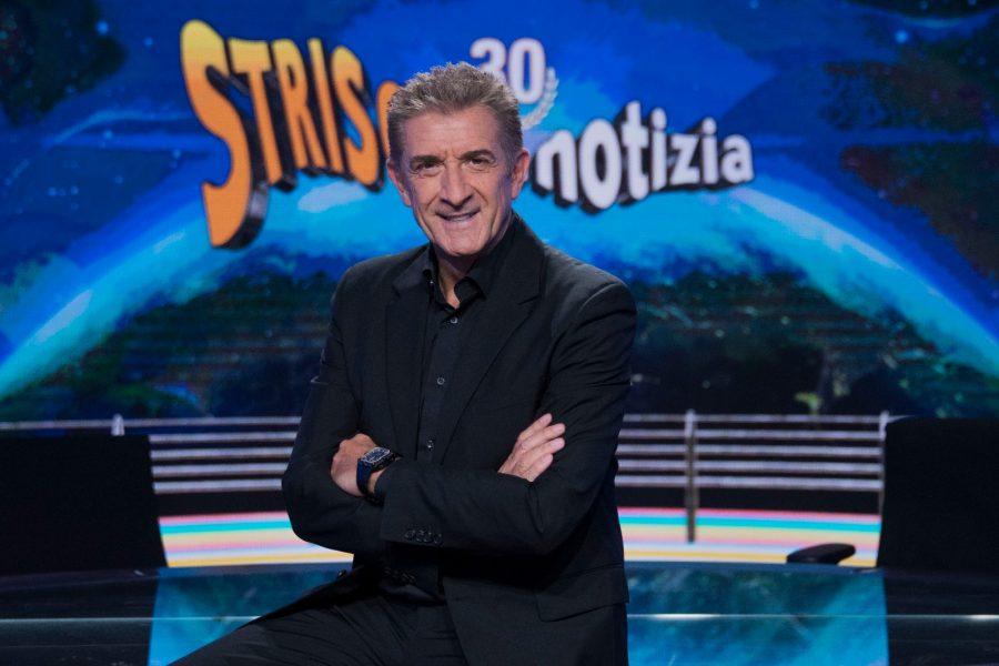 """""""Striscia la notizia"""": questa sera ultima puntata per Ezio Greggio!"""