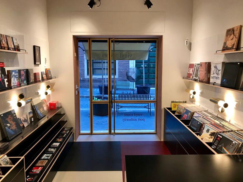 Vinyl Room: apre a Roma il negozio di dischi dei figli di De Gregori