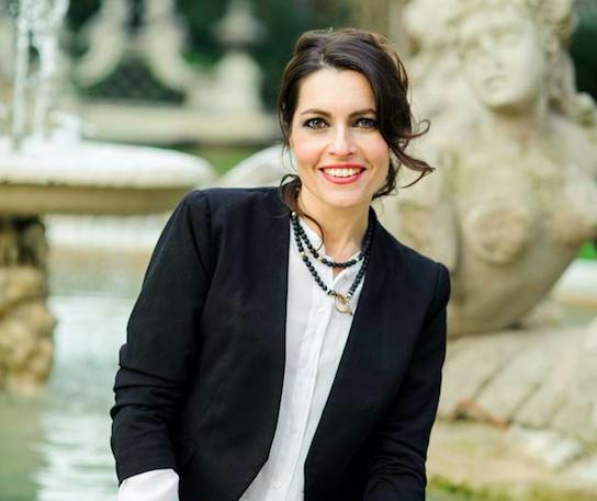 """L'attrice Roberta Caronia in teatro con """"Edipo a Colono"""" – INTERVISTA"""