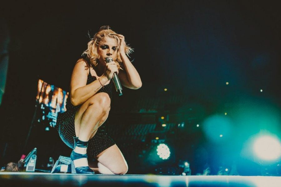 """Emma: a febbraio live nei palasport con l'""""Essere qui tour"""""""
