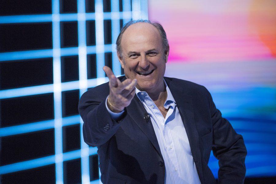 """Su Canale 5 tornano Gerry Scotti e le botole di """"Caduta Libera!"""""""