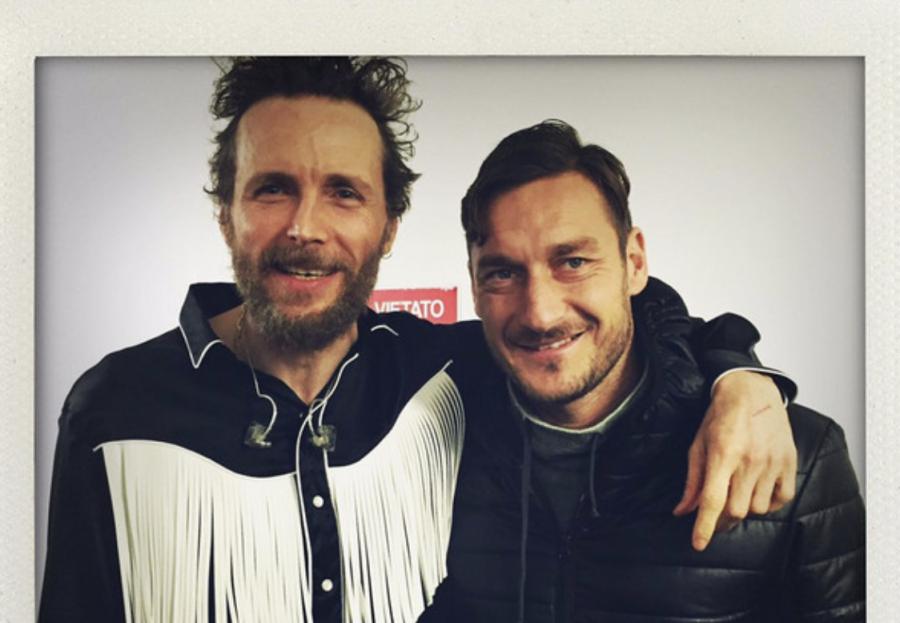 Il compleanno di Jovanotti e Francesco Totti, due romani doc!