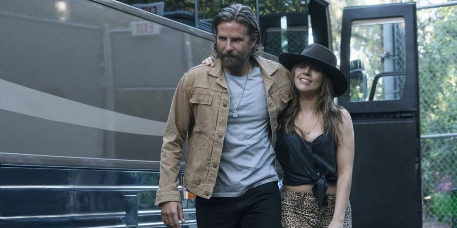 """A star is born"": Bradley Cooper e Lady Gaga al cinema"