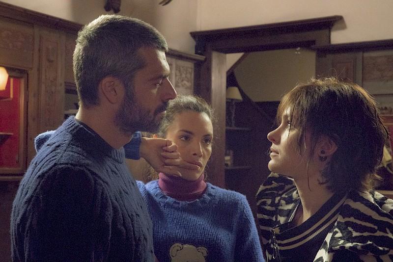 """Al cinema """"Cosa Fai a Capodanno?"""" con Luca Argentero e Ilenia Pastorelli"""
