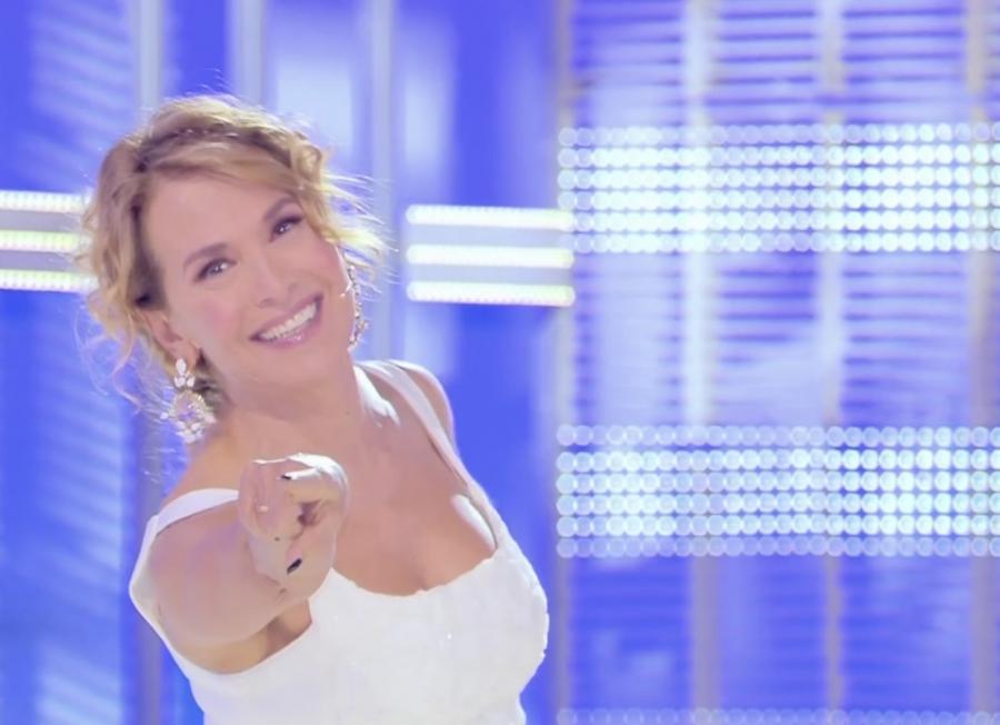 """Nuovo appuntamento con """"Domenica Live"""", condotto da Barbara D'Urso"""