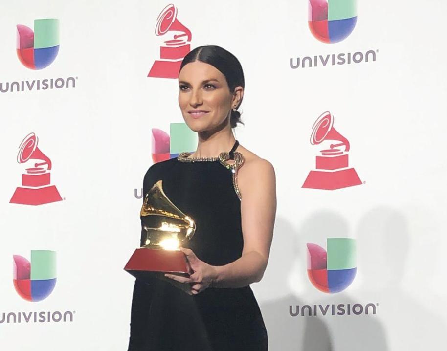 Latin Grammy Awards 2018: trionfa la nostra Laura Pausini!