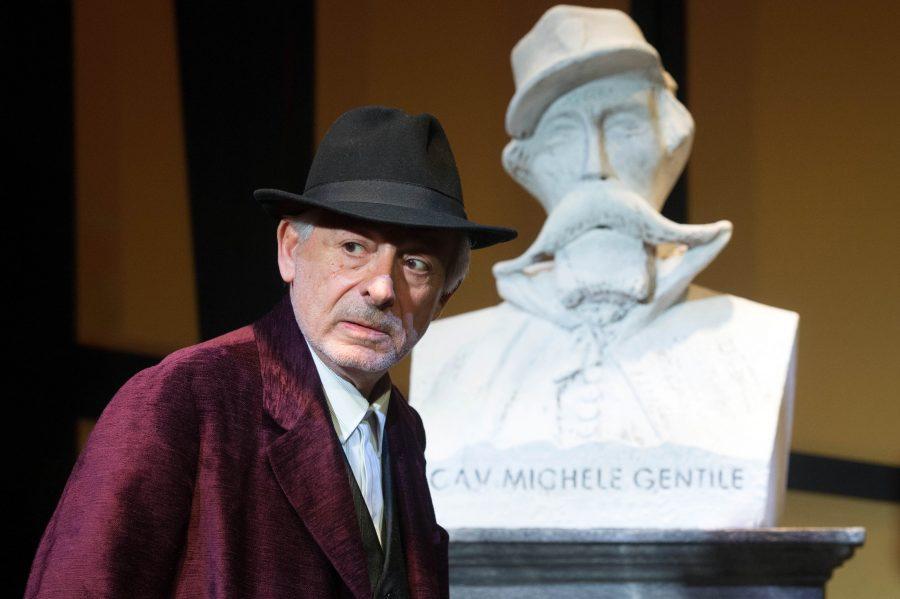 Leo Gullotta porta Luigi Pirandello al Teatro Duse di Bologna