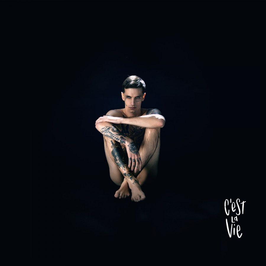 """""""C'est la vie"""": fuori il nuovo singolo di Achille Lauro"""