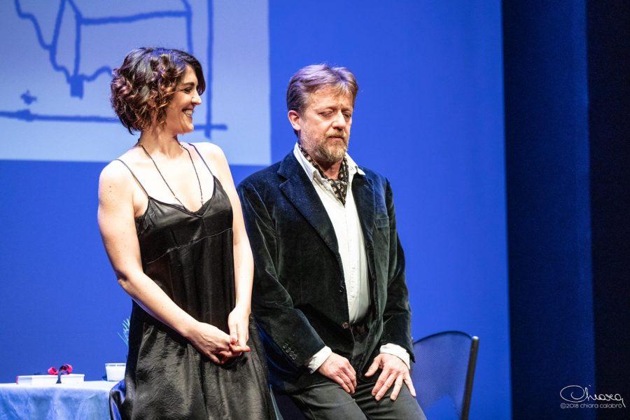 The Prudes: all'OFF/OFF Theatre con Carlotta Proietti e Gianluigi Fogacci