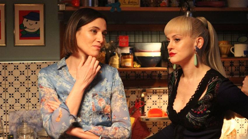 """""""Genitori quasi perfetti"""": fuori ad agosto il film di Laura Chiossone"""