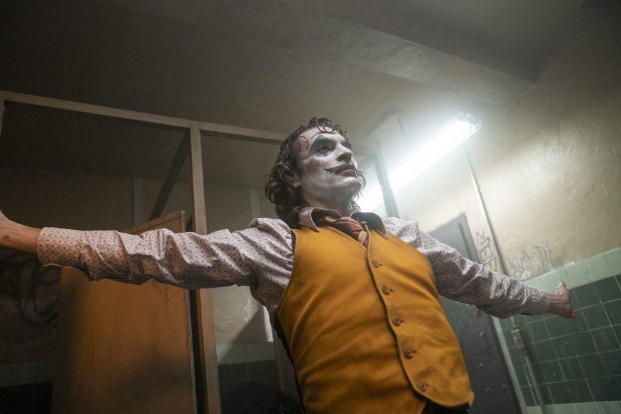 """Recensione del film """"Joker"""" con Joaquin Phoenix: magnificamente terribile"""