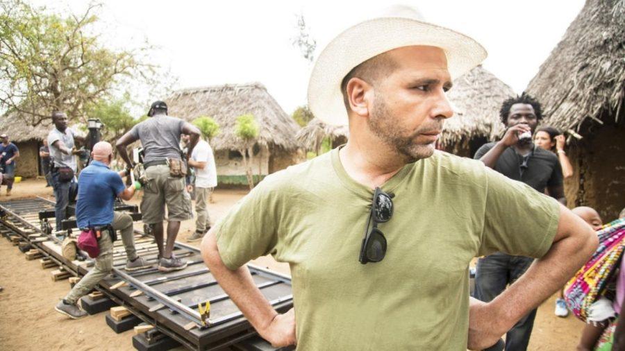 """""""Tolo Tolo"""": online il manifesto del nuovo film di Checco Zalone"""
