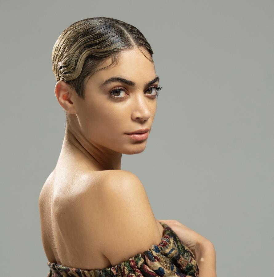 """Speciale Sanremo 2020: Elodie sale sul palco con """"Andromeda"""""""