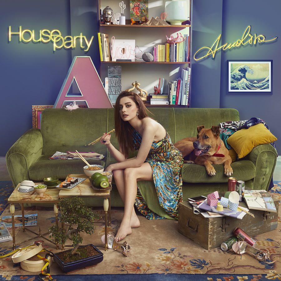 """""""Houseparty"""" ecco il nuovo singolo di Annalisa: rinviati invece disco e festa"""