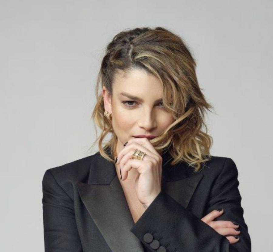 """""""7 donne – AcCanto a te"""": Stasera su Rai 3 live di Emma Marrone"""