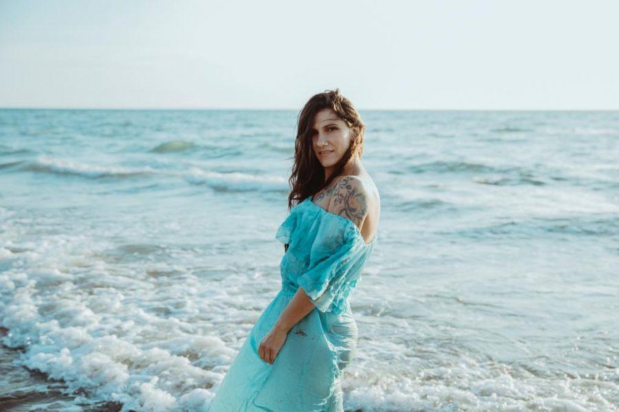 """Elisa canta """"Mare Mare"""" di Luca Carboni per """"I Love My Radio"""""""