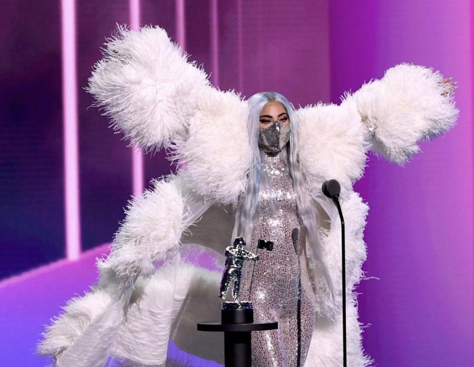 MTV Video Music Awards 2020: Lady Gaga fa strike di statuette!