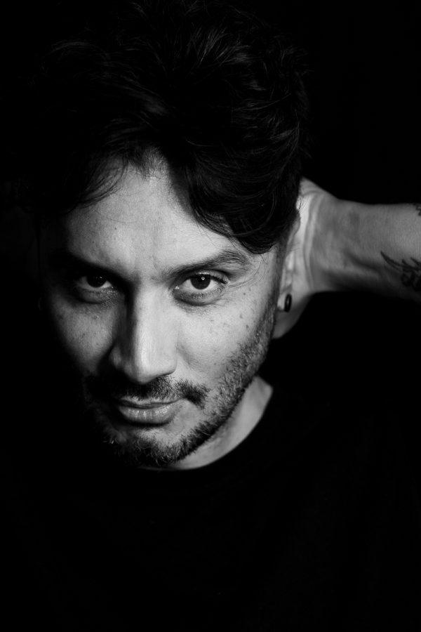 """Fabrizio Moro: in arrivo il nuovo album """"Canzoni d'amore nascoste"""""""
