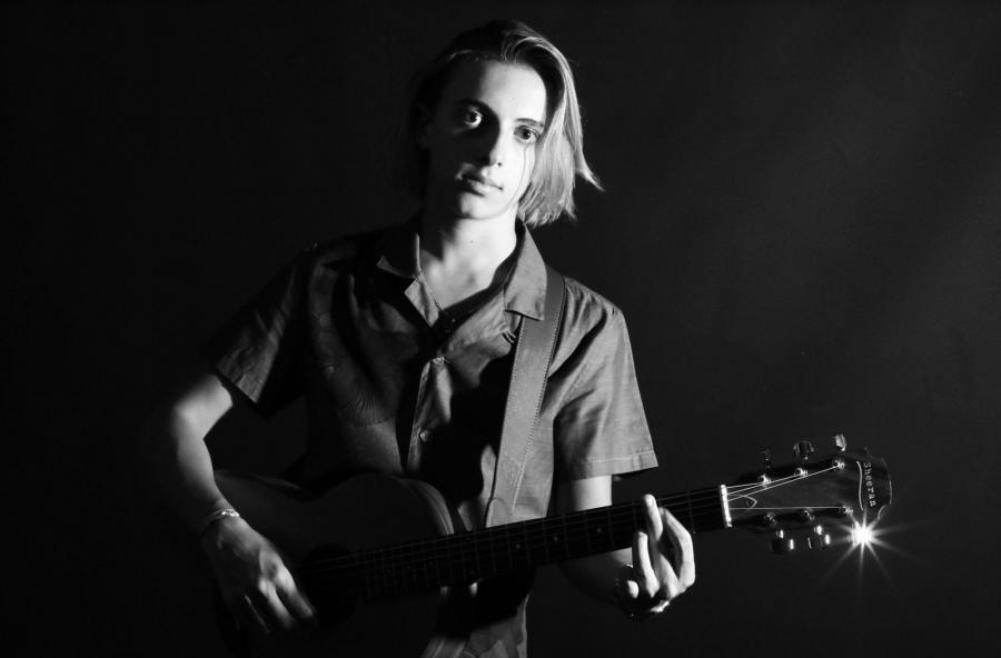 """Leo Meconi: il cantautore prodigio pubblica il singolo """"Angels & Outlaws"""""""