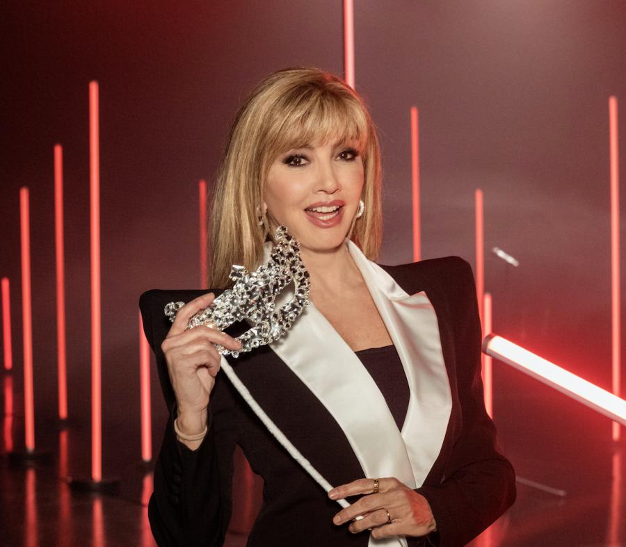 """""""Il cantante mascherato"""": al via lo show di Milly Carlucci – CONFERENZA"""