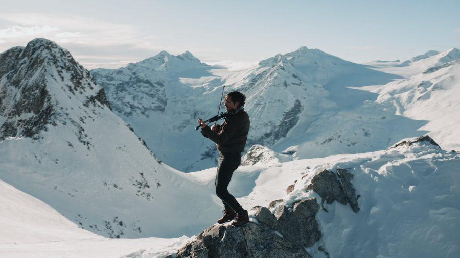 Andrea Casta: il violinista alla cerimonia di apertura di Cortina 2021