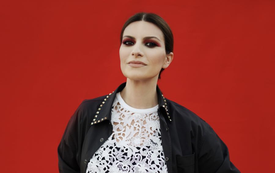 """Laura Pausini candidata agli Oscar 2021 con il brano """"Io sì/Seen"""""""