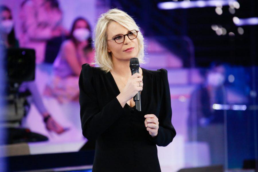 """""""Amici"""": domani terza puntata, ospite Madame – ANTICIPAZIONI"""