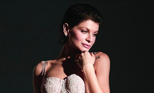 Alessandra Amoroso torna con due nuovi brani e una performance live