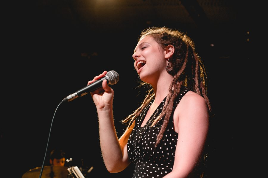 """Sivan Arbel: la cantante jazz pubblica il nuovo singolo """"Change"""""""
